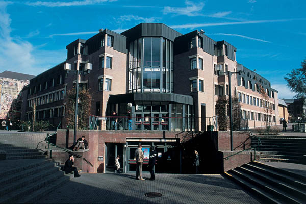 Louvain School of Management - Place des Doyens