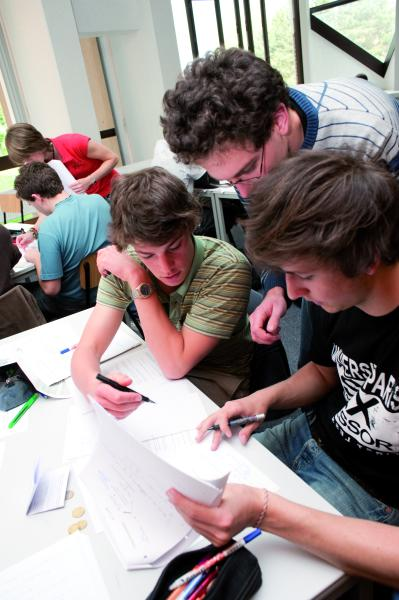 Travail de groupe étudiant